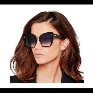 Oversized Tom ford shades